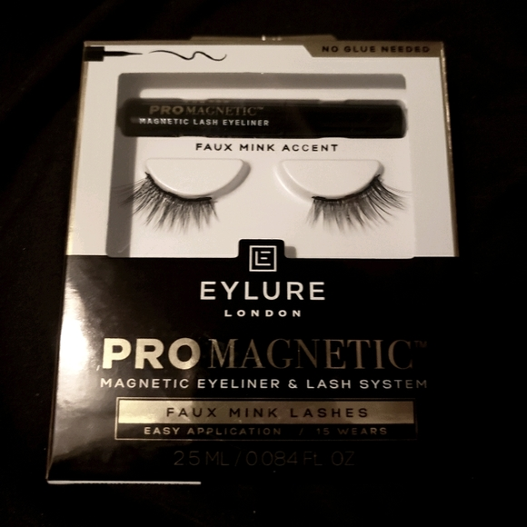 SOLD SOLD SOLD NEW! Eylure Magnetic Eyelashes
